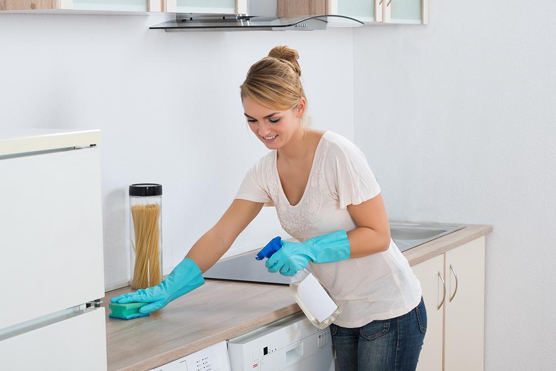 Cleanling Laminate Countertops